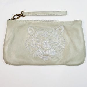 Deena & Ozzy Embroidered Tiger Clutch